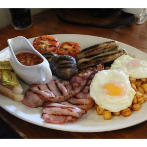 Breakfast at a Sizzling Pub – Food Review