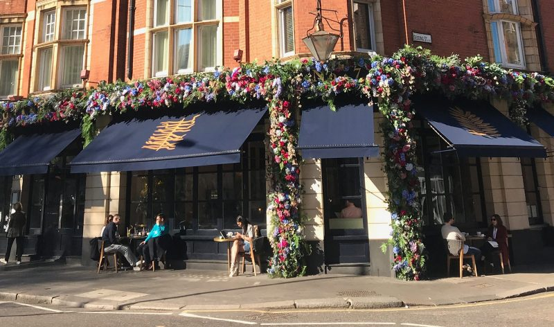bottomless brunch with prosecco London